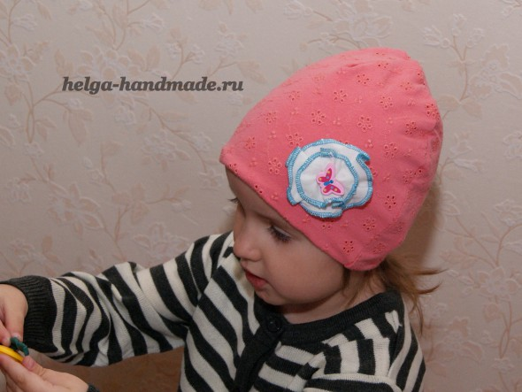 Детская трикотажная шапочка