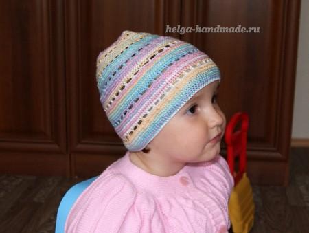 Вязаная летняя шапочка
