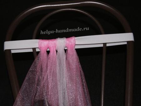 Завязываем полоски ткани