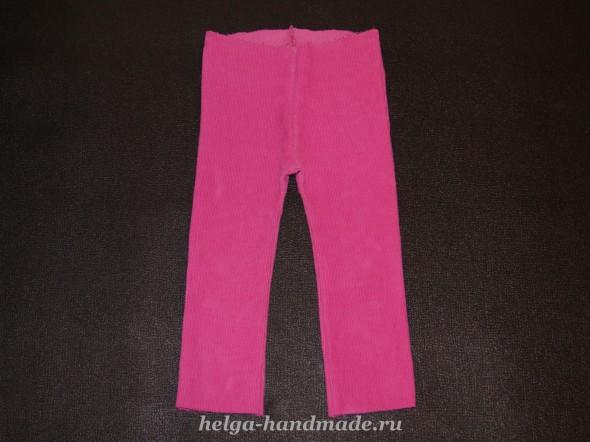 Сшиваем штанины вместе