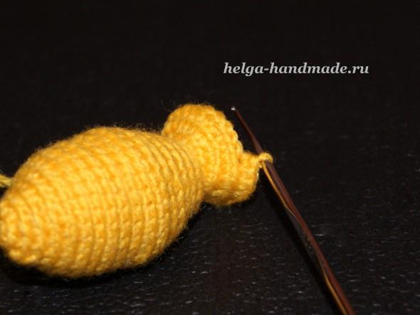 Вязаная погремушка Золотая рыбка своими руками