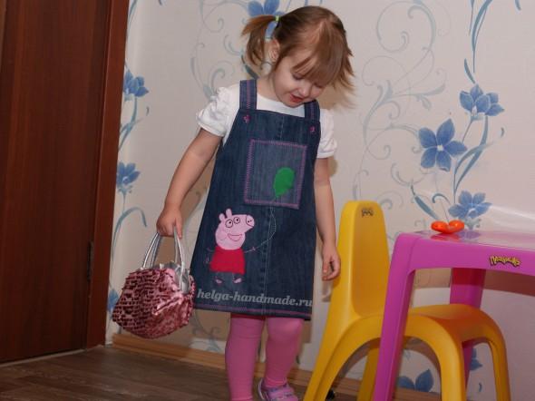 Джинсовый сарафан со Свинкой Пеппой для девочки своими руками