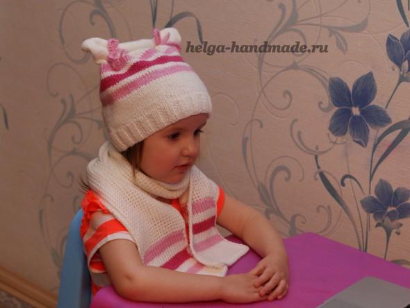 Вязаная шапочка и шарфик для малышки