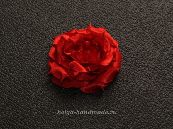 Делаем цветок из ткани. Шьем объемную розу