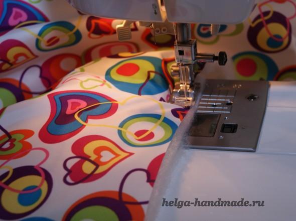 Сшиваем утеплитель и плащевую ткань