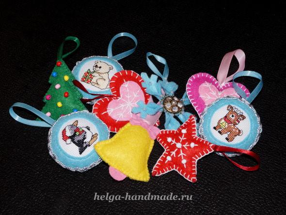 Новогодние елочные игрушки из фетра своими руками